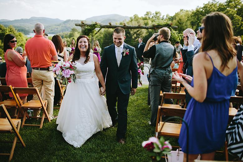 sawyer family farmstead wedding  u2013 lauren  u0026 caleb  u00bb alicia white photography  u2013 charlotte wedding